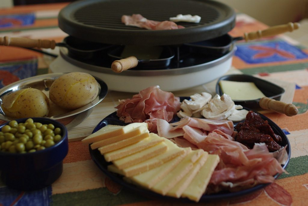 Raclette-fromage-jambon-patate-appareil